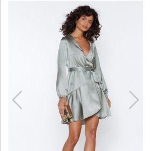 Nasty Gal Let it slink In mini wrap dress sz 2